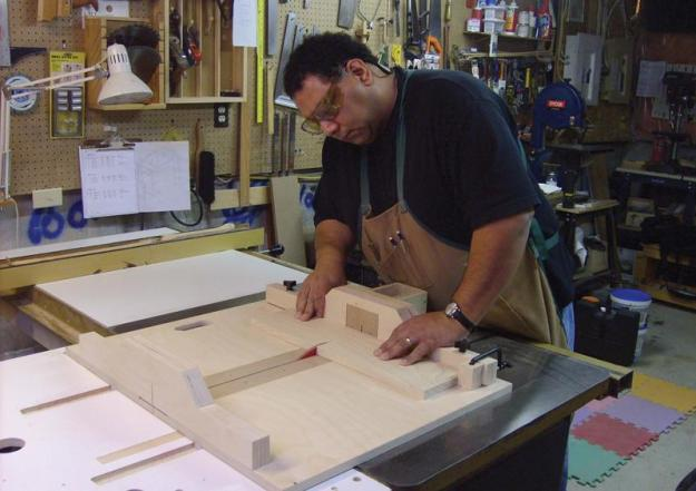 A crosscut sled can make cutting safer