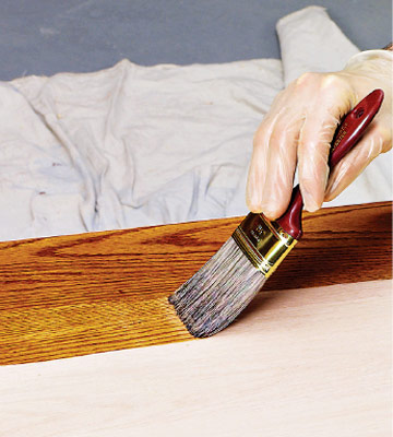 Brush that stain on!