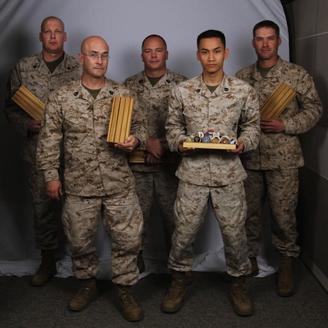 Some servicemen who appreciate woodworking