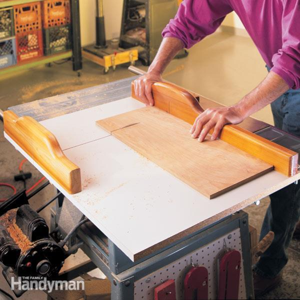 The Family Handyman Crosscut sled