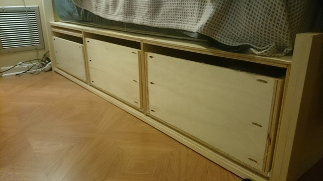 The drawers in place