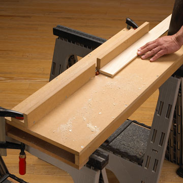 Wood Magazine's portable router table