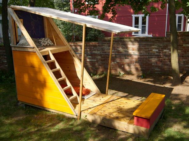 the DIY playhouse
