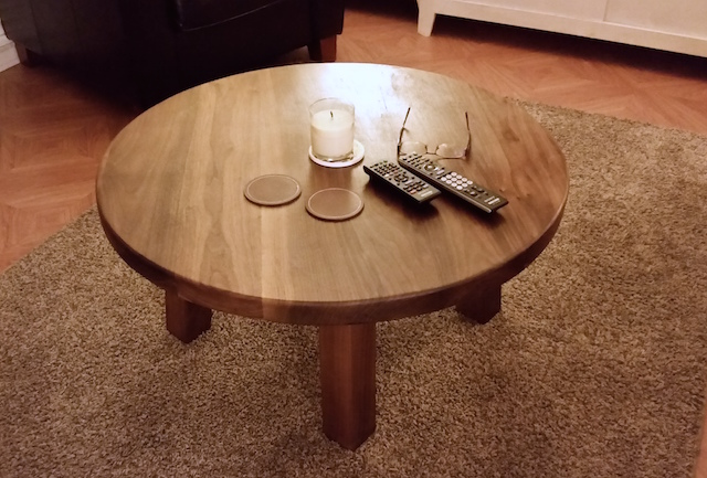 The table, top view